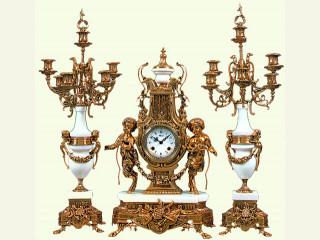 Акция на комплект часы+канделябры